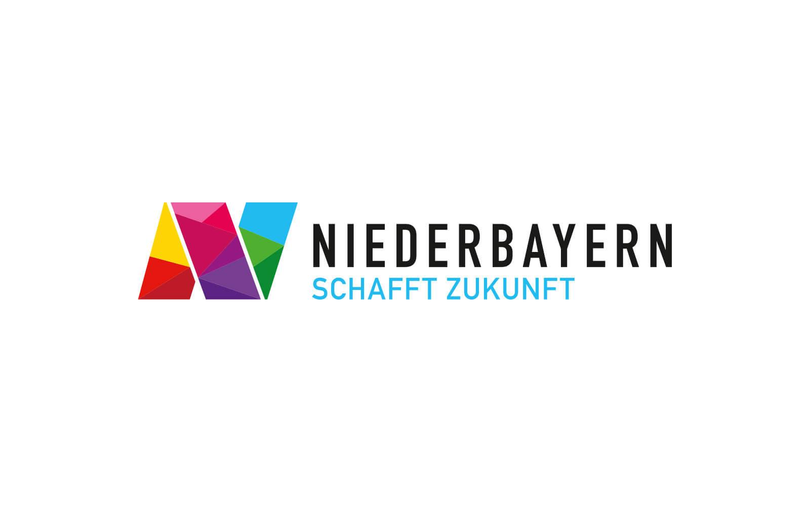 Niederbayern Logo – Dachmarke »Schafft Zukunft« quer